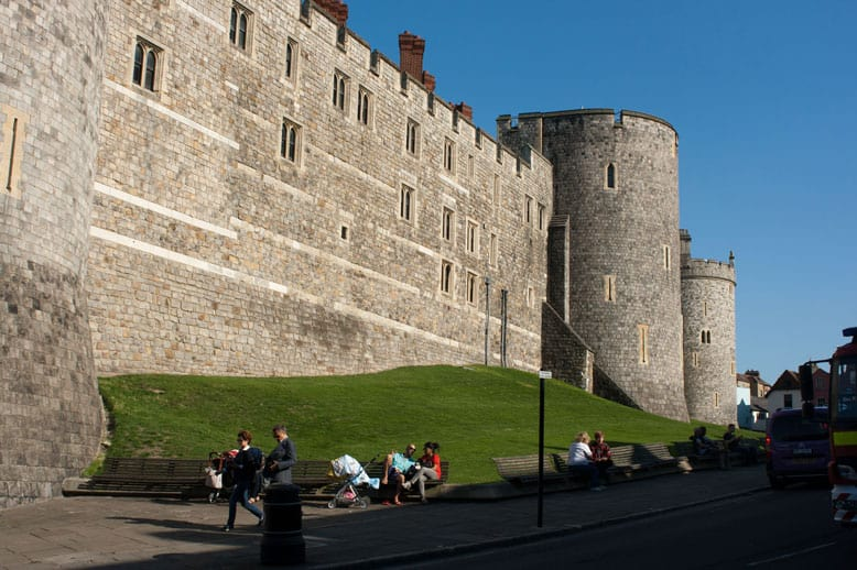 Visiting Windsor with a toddler. Where to stay, eat, visit and play